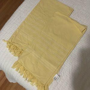 Crate&Barrel Bath - Set of 2 Crate & Barrel Yellow Turkish Hand Towels